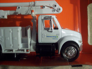 consumers power toy bucket truck